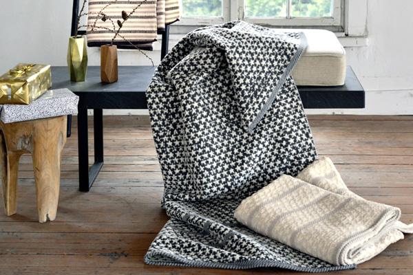 decken plaids kissen felle deko wohnatelier in cham. Black Bedroom Furniture Sets. Home Design Ideas